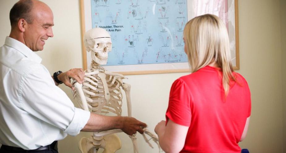 Chiropractic Treatment Demonstration Leeds