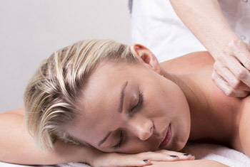 How massage therapy can relieve stress